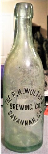 Meyer Wolters Bottle Peter H Wolters .jpg