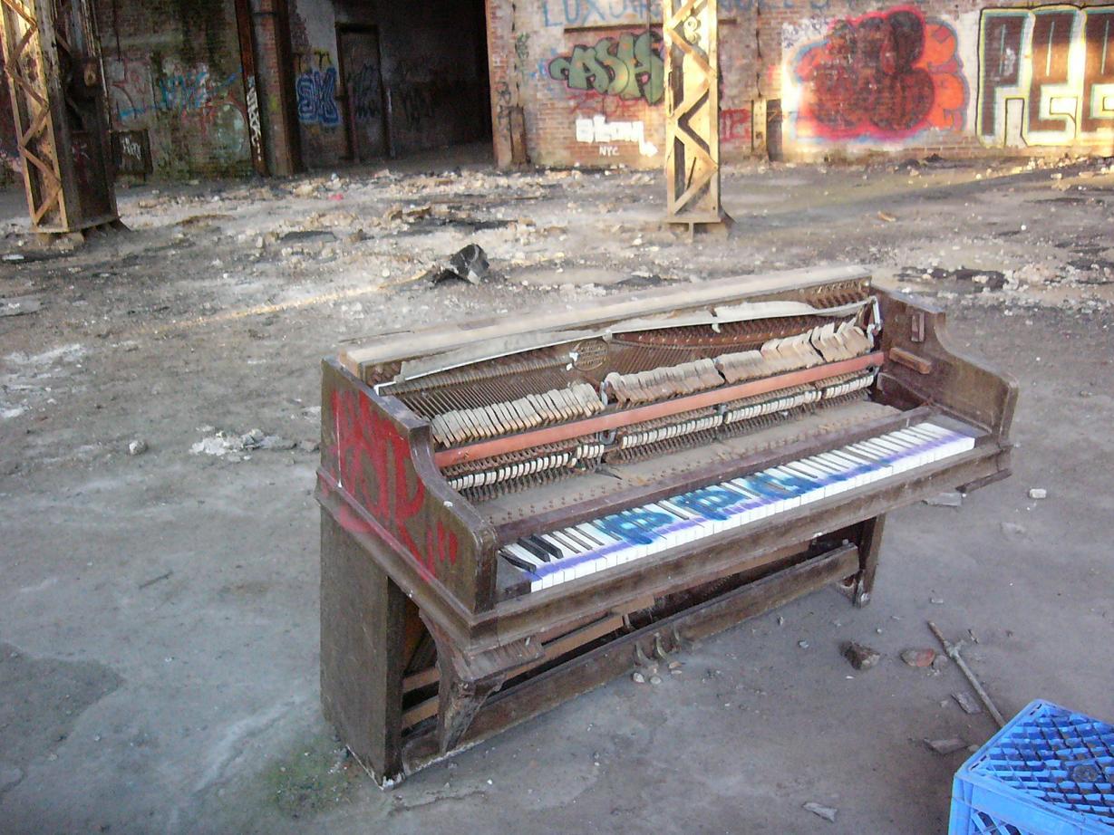 oldbuildingpiano.JPG