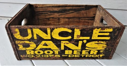 Uncle Dan's Root Beer Case.jpg